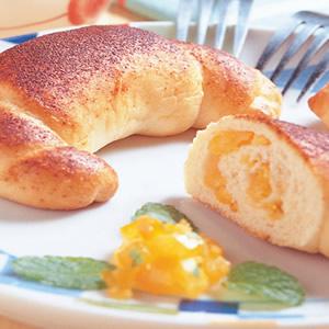 香橙牛角麵包