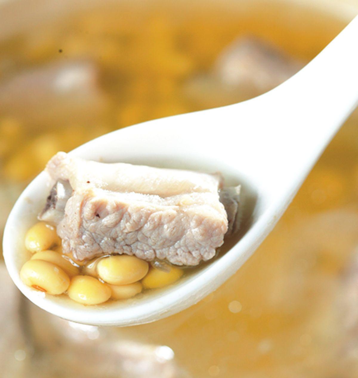 食譜:黃豆排骨湯