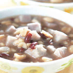 花生芋頭甜湯