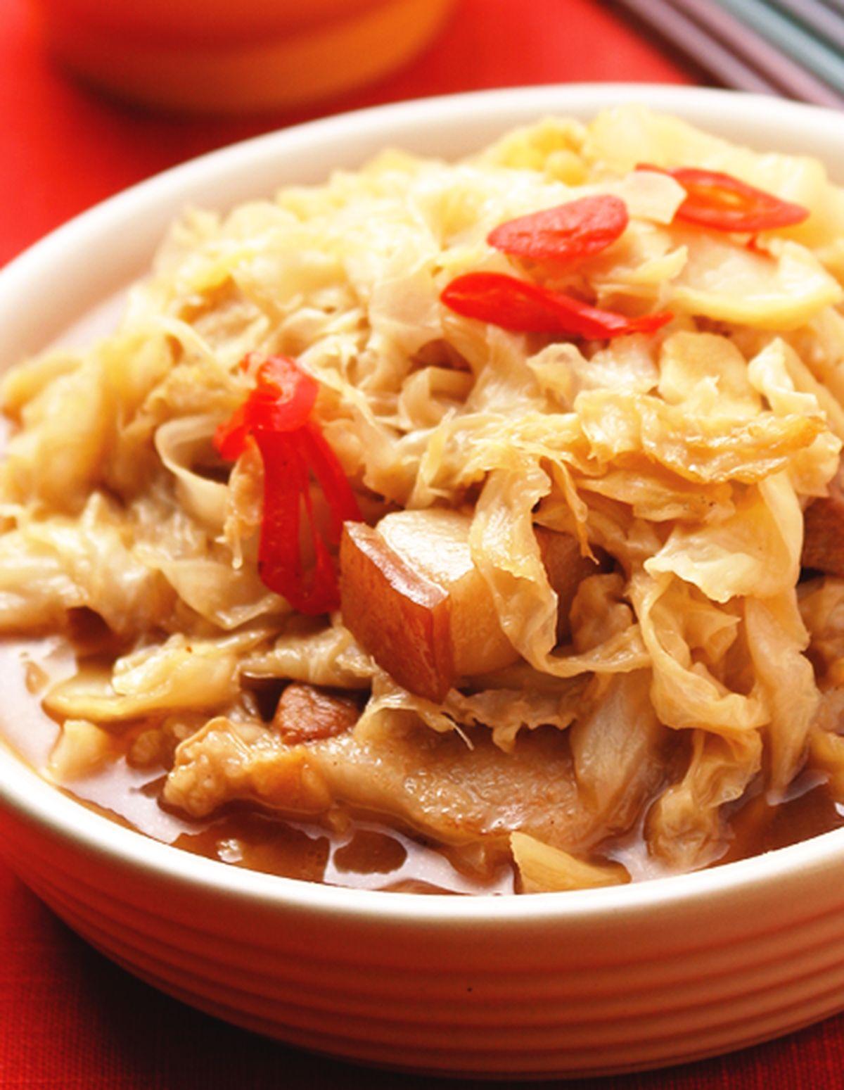 食譜:五花肉滷高麗菜乾