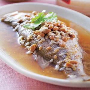 酒釀蒸鮮魚
