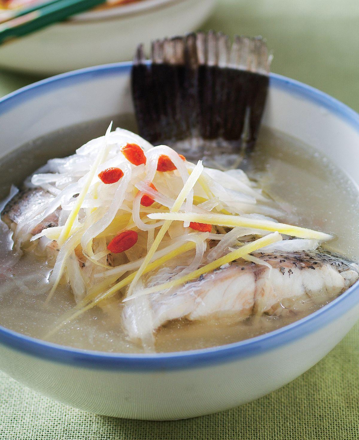 食譜:蘿蔔絲鱸魚