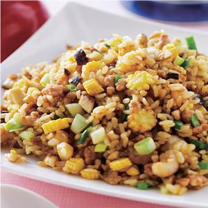 咖哩豬肉炒飯(1)