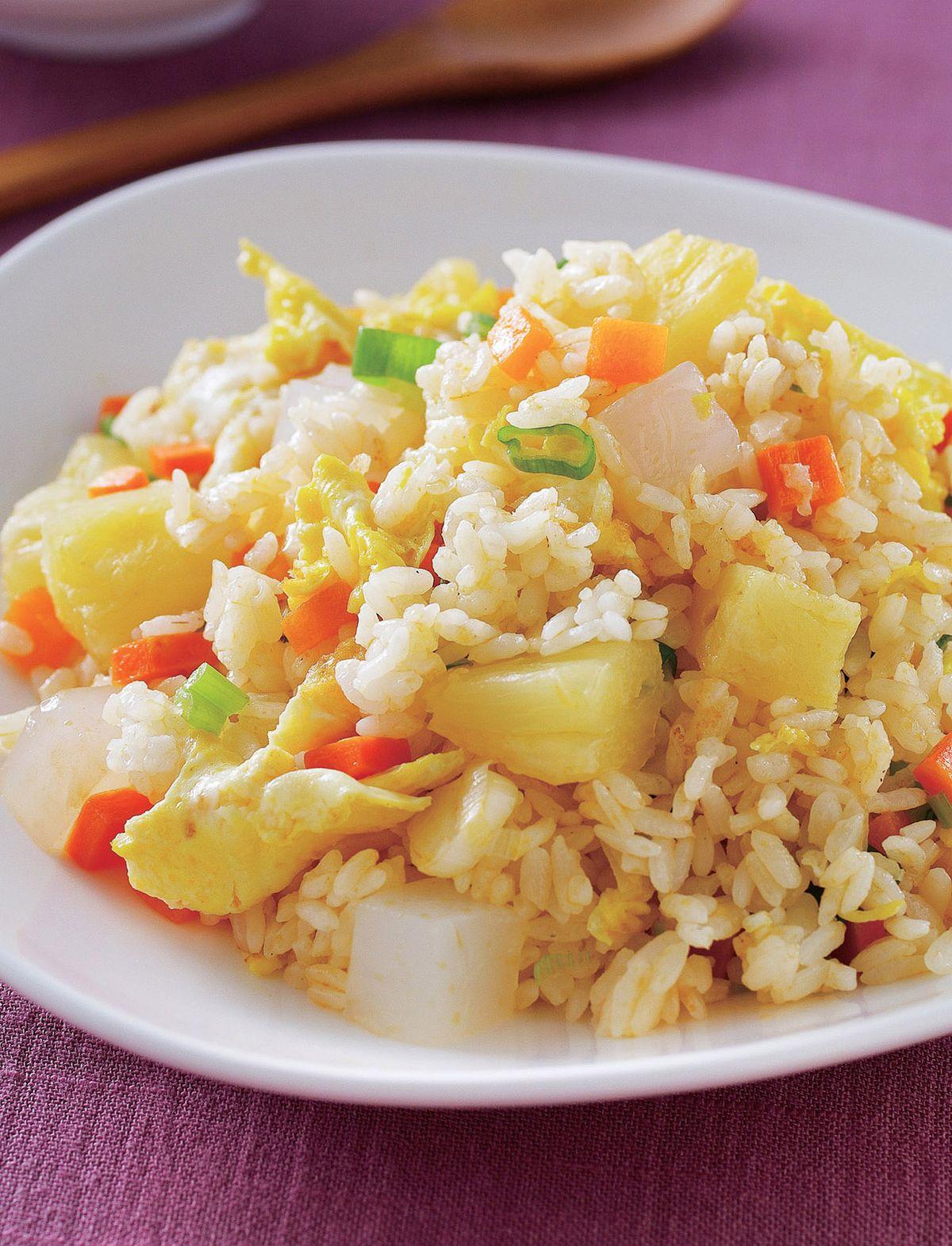 食譜:泰式鳳梨炒飯(1)
