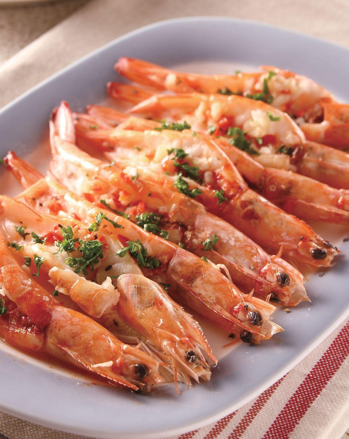 食譜:蒜香奶油蒸蝦