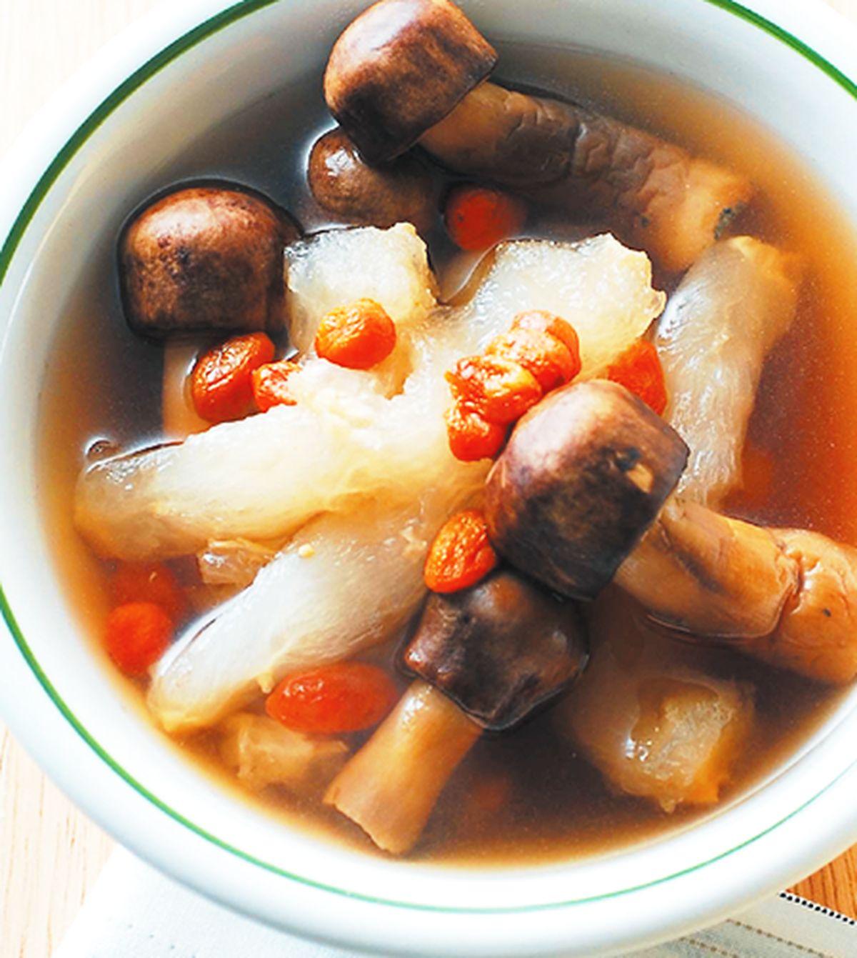 食譜:巴西蘑菇燉蹄筋