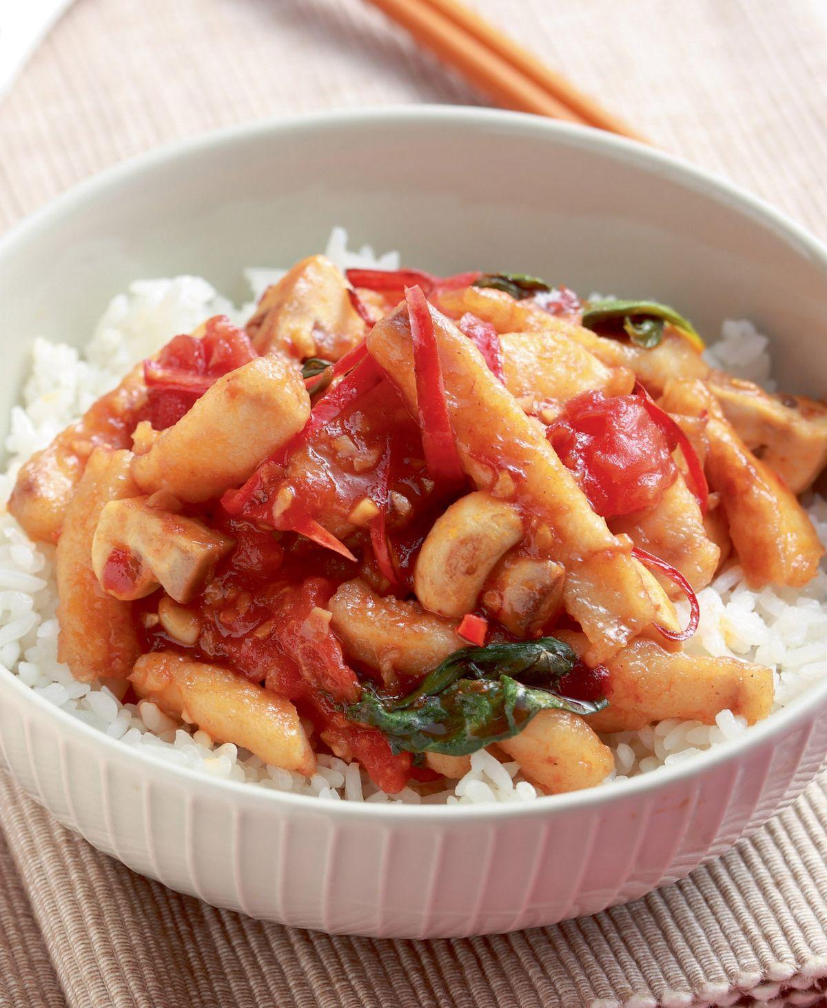食譜:塔香辣炒魚柳蓋飯