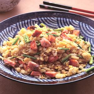 鮭魚蘆筍黃金炒飯