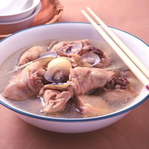 蒜子蜆雞湯