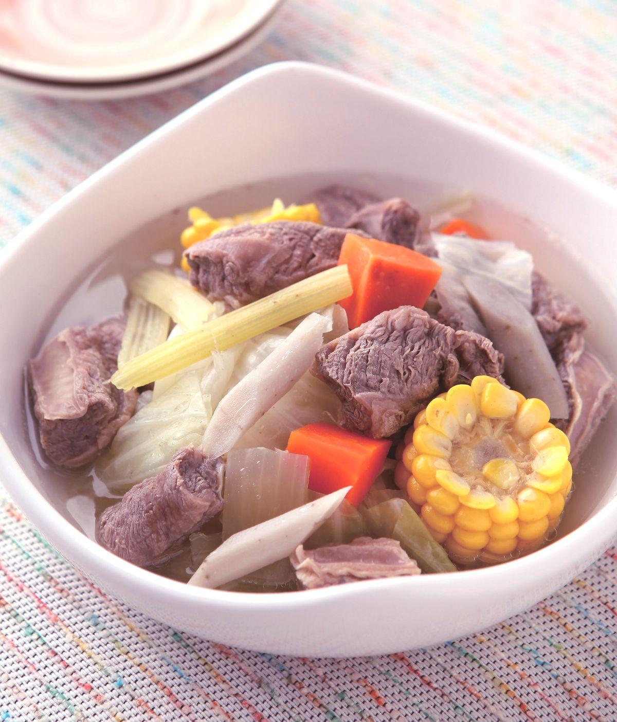 食譜:蔬菜牛肉鍋