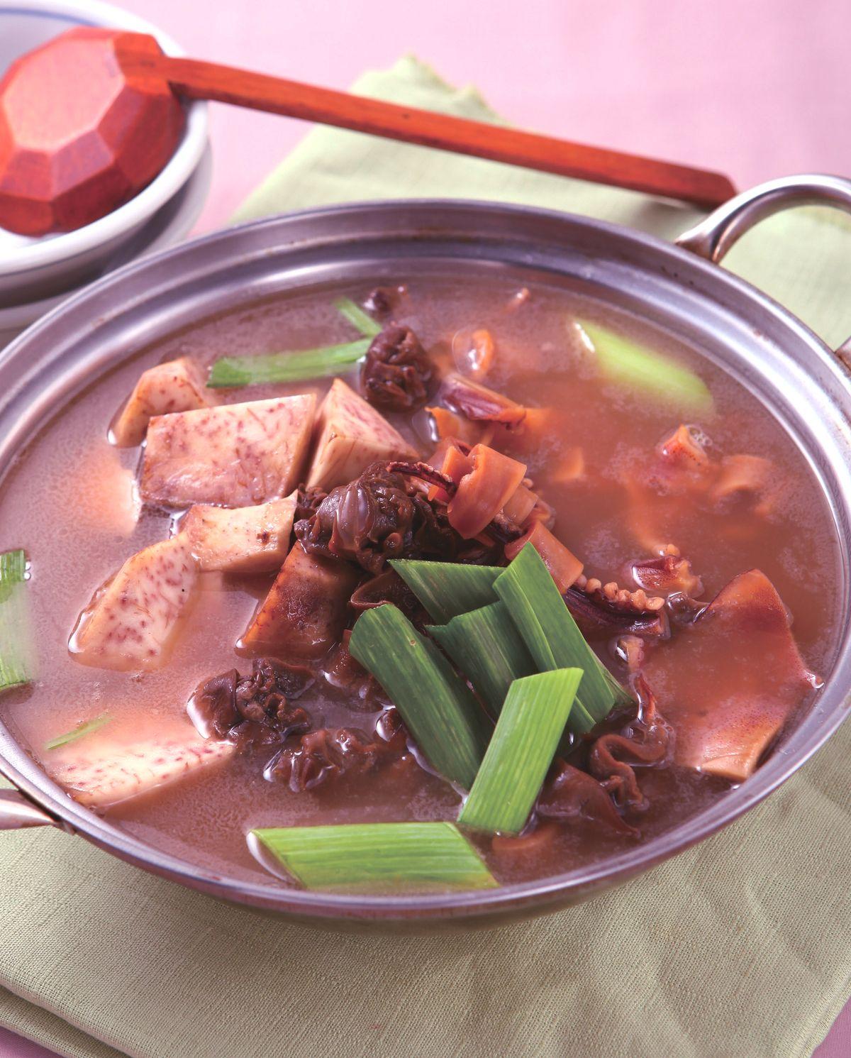 食譜:芋香魷魚螺肉蒜