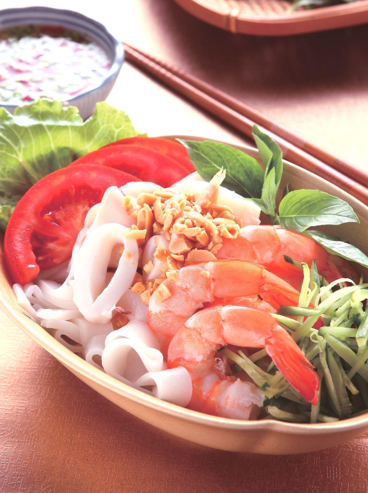 食譜:泰式涼拌海鮮河粉