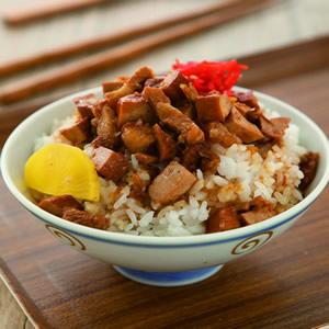 五香豆干滷肉飯