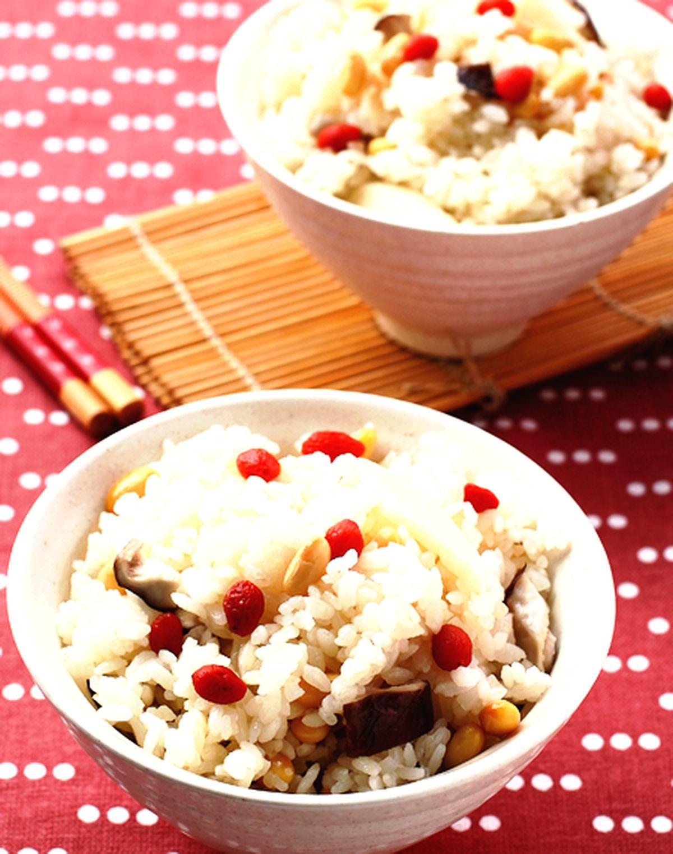 食譜:鮮菇筍飯