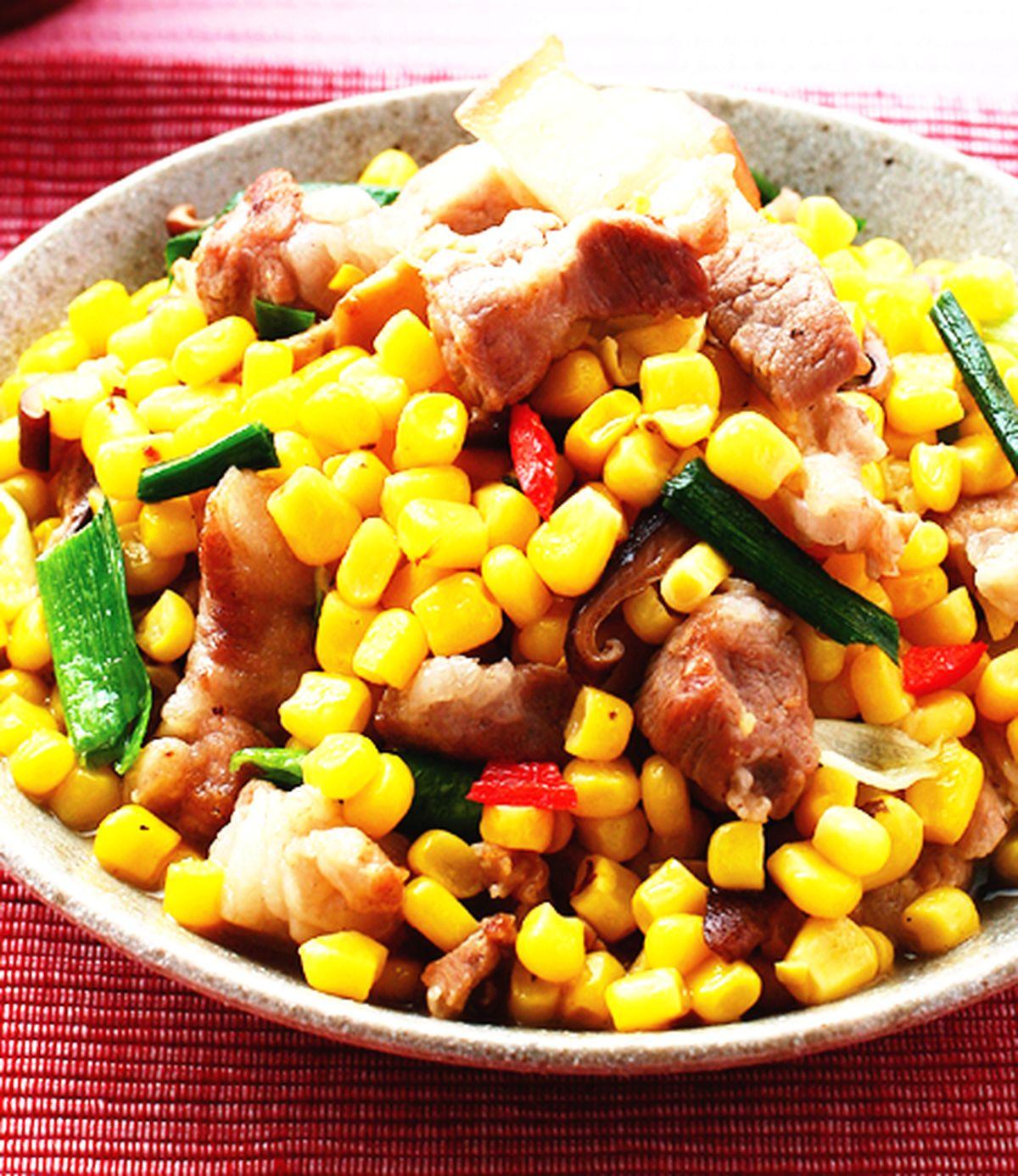 食譜:五花肉燴玉米