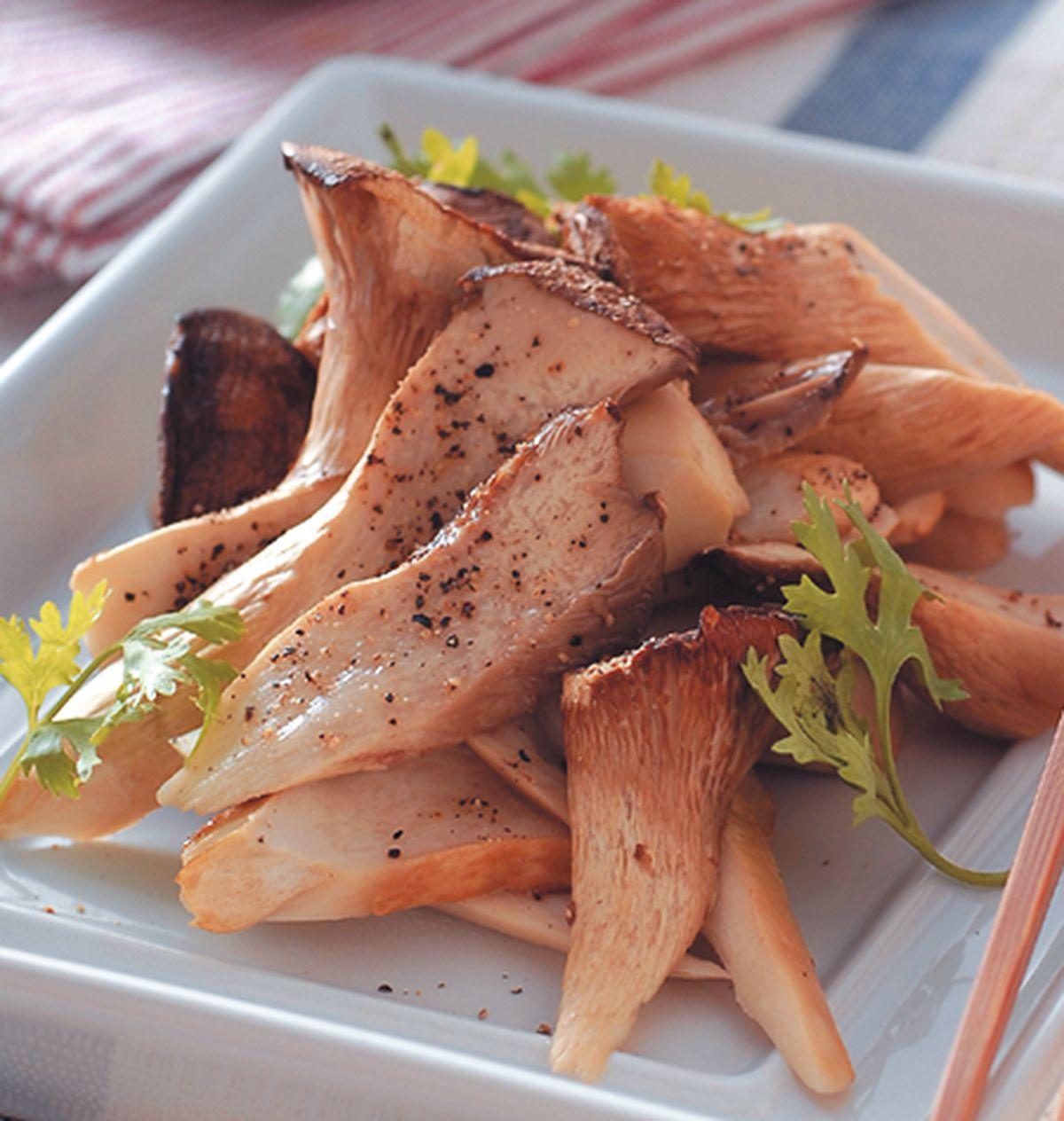 食譜:雞汁佐杏鮑菇
