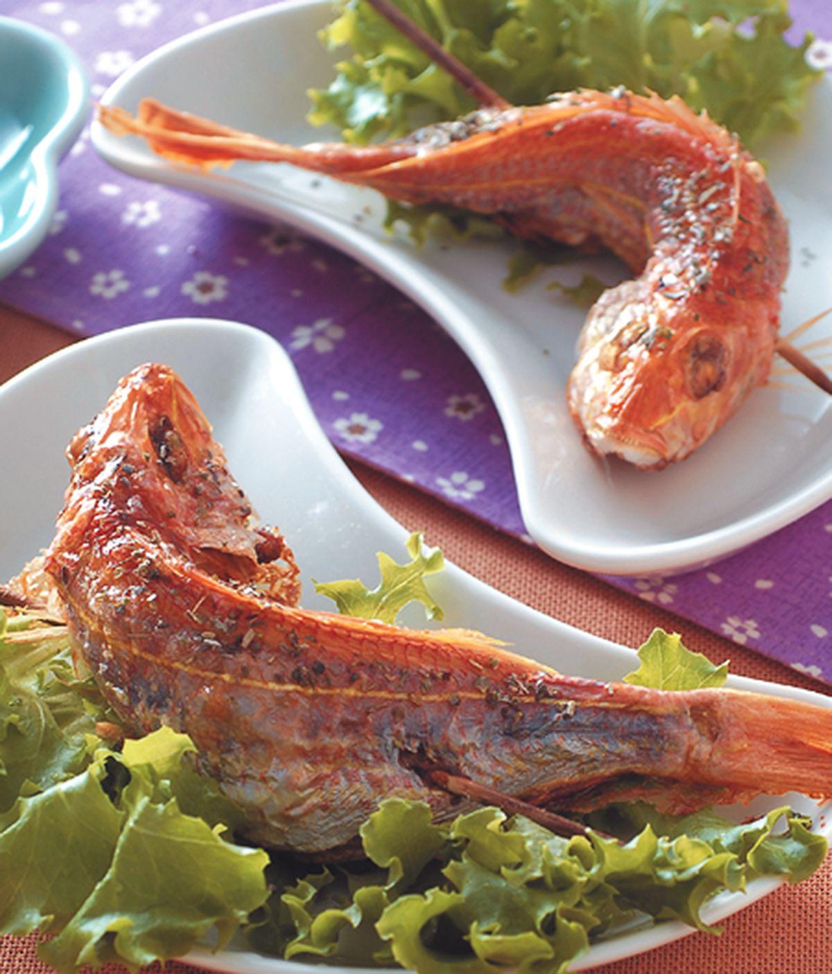 食譜:香草鹽烤魚