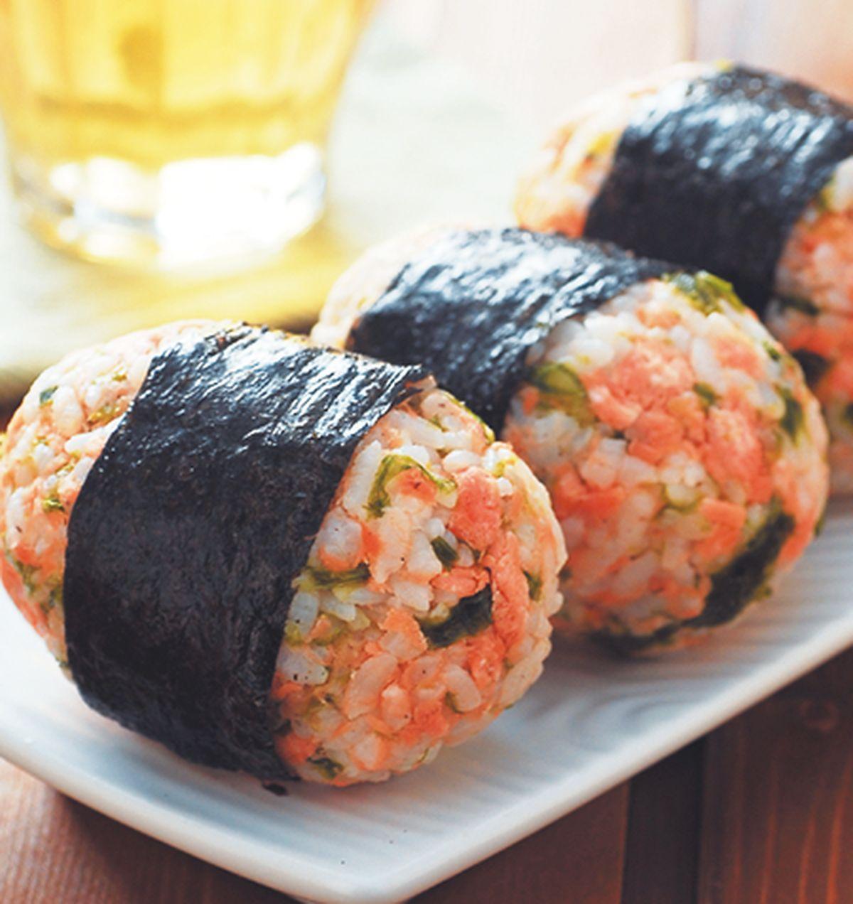 食譜:鮭魚烤飯糰