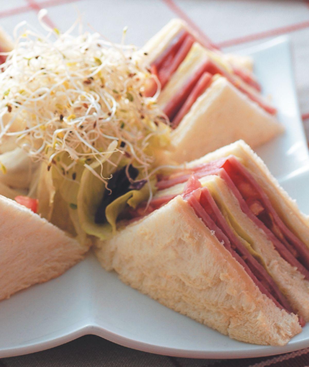 食譜:優香鮮蔬火腿三明治