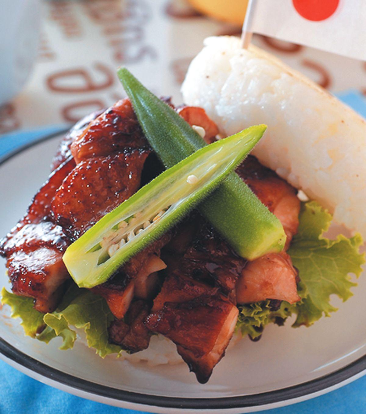 食譜:香煎雞腿米堡