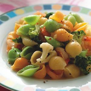 雙色椰菜蝦仁橄欖貝殼麵