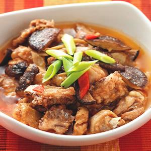 沙茶香菇蒸雞