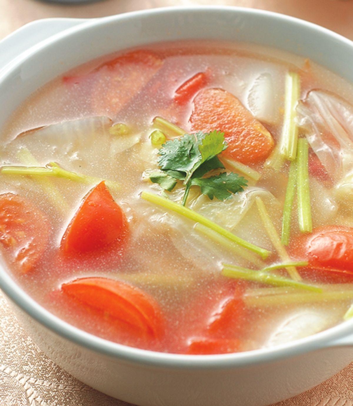 食譜:蕃茄芹菜湯