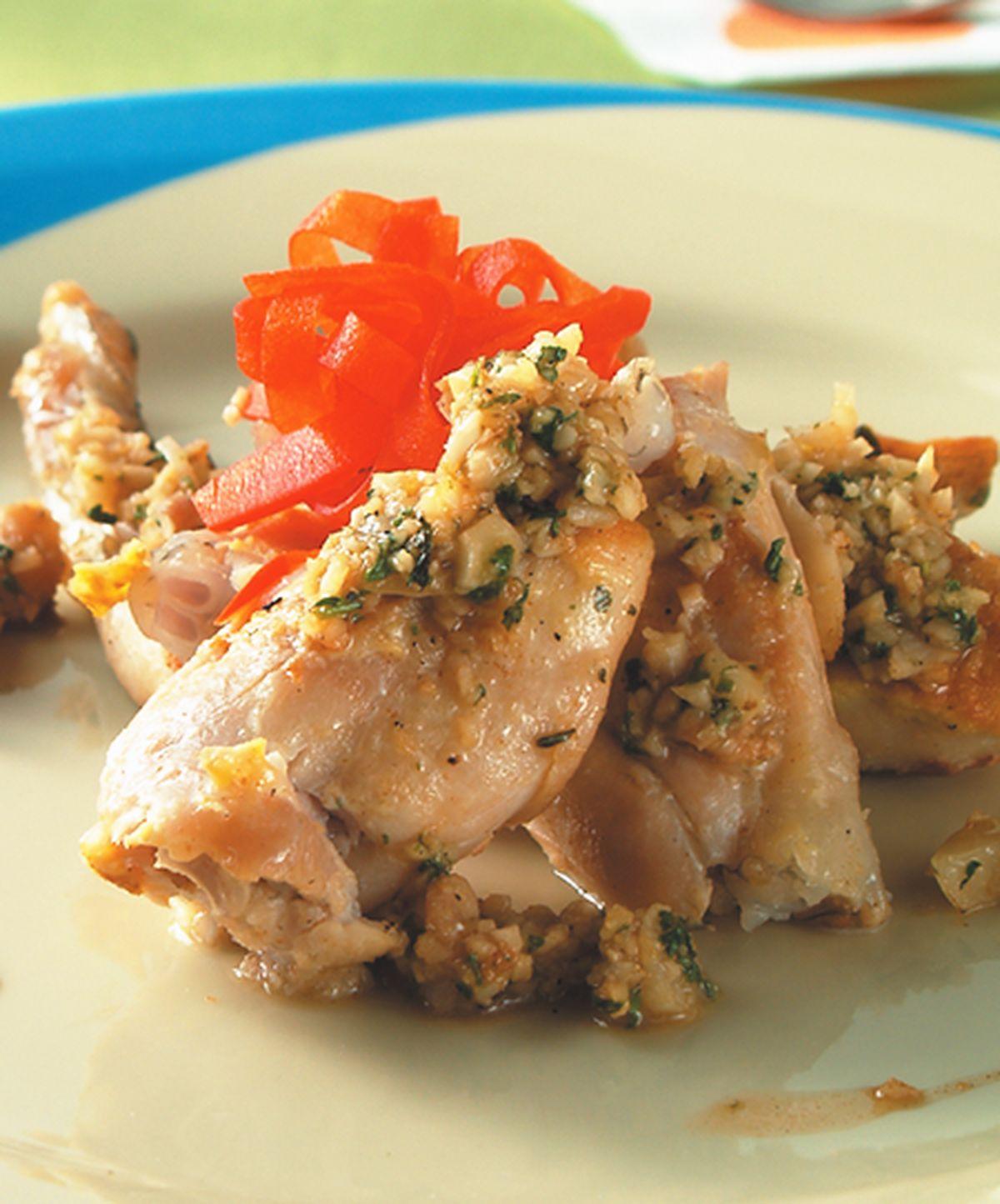 食譜:蒜嗆白酒田雞腿
