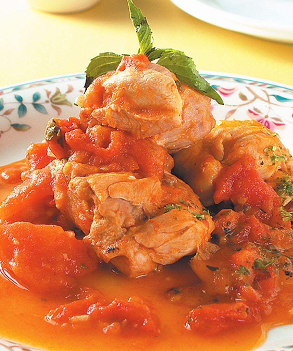 食譜:蕃茄香草燉嫩雞