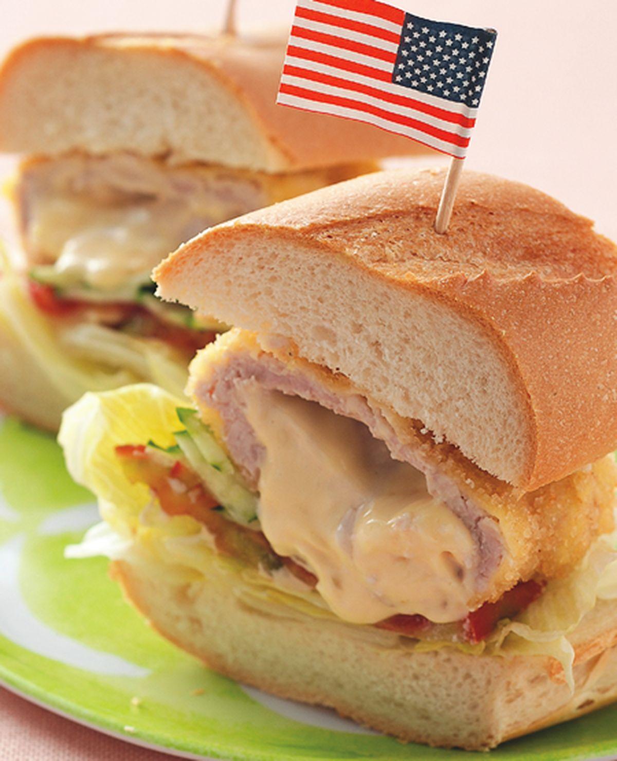 食譜:藍帶豬排潛艇堡