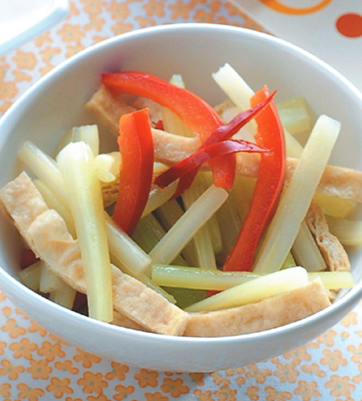 食譜:西芹炒豆皮