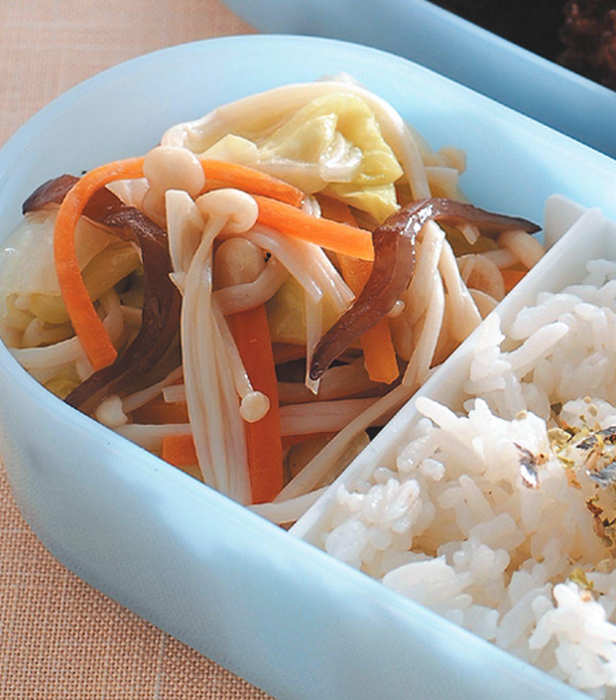 食譜:金針菇炒大白菜