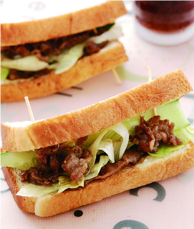 食譜:沙茶烤肉土司夾