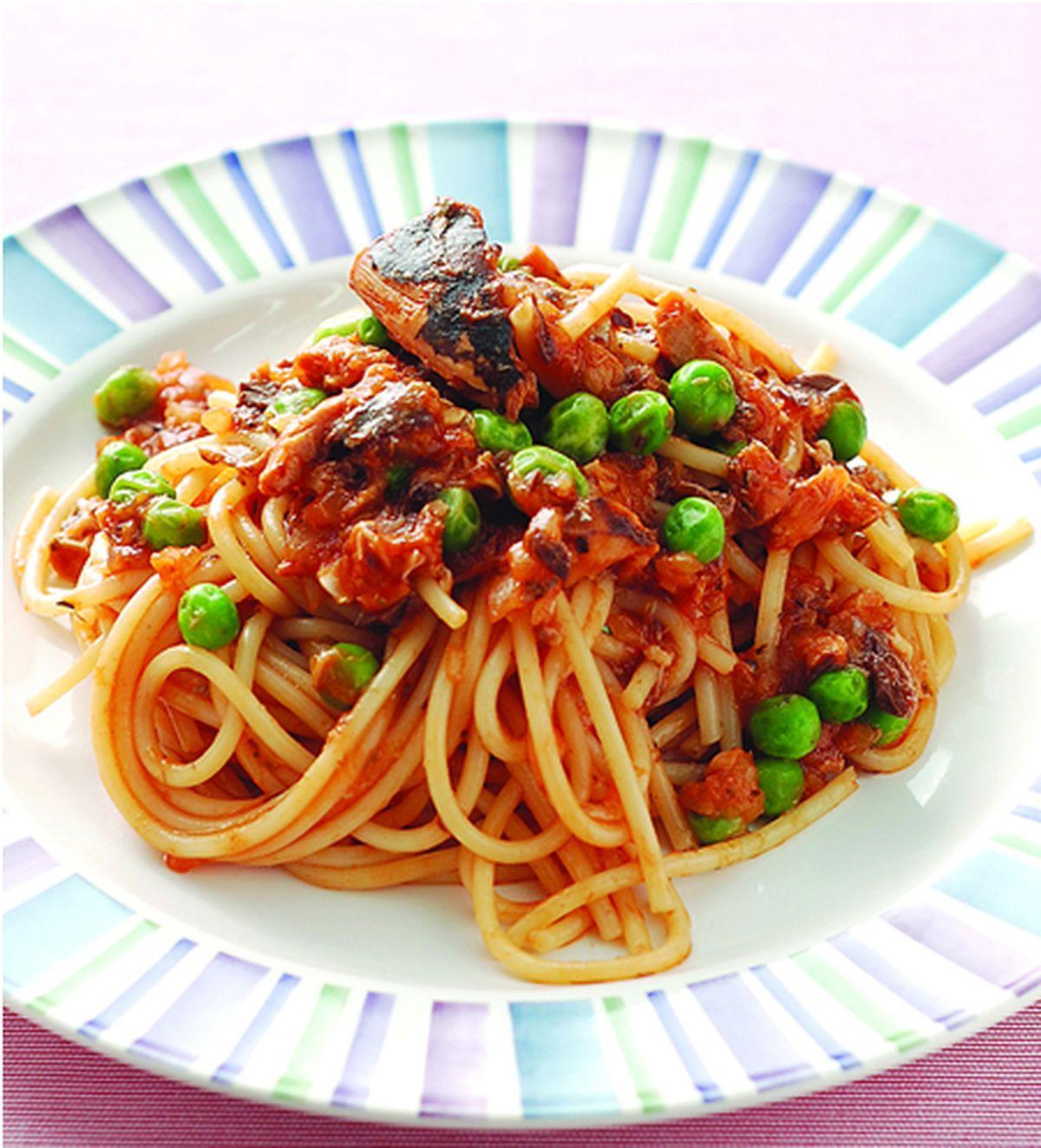 食譜:茄汁鯖魚義大利麵