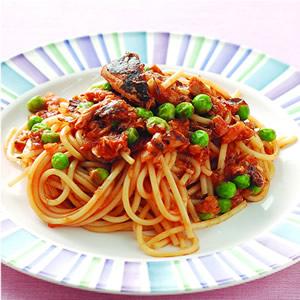 茄汁鯖魚義大利麵
