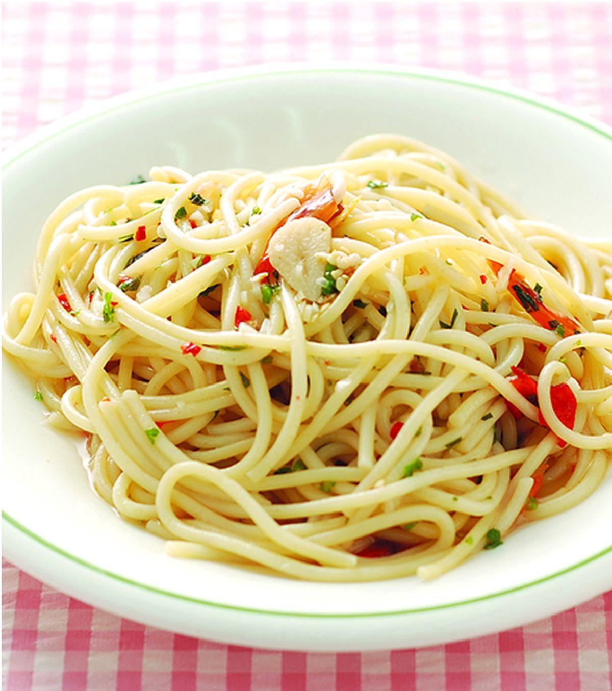 食譜:辣味蒜香義大利麵