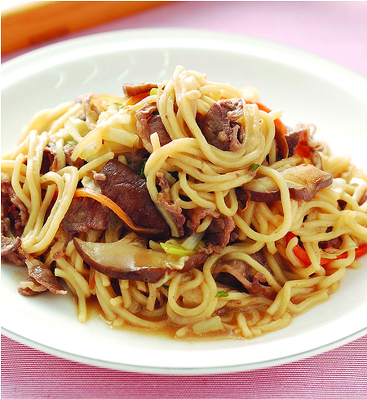 食譜:什錦牛肉炒麵