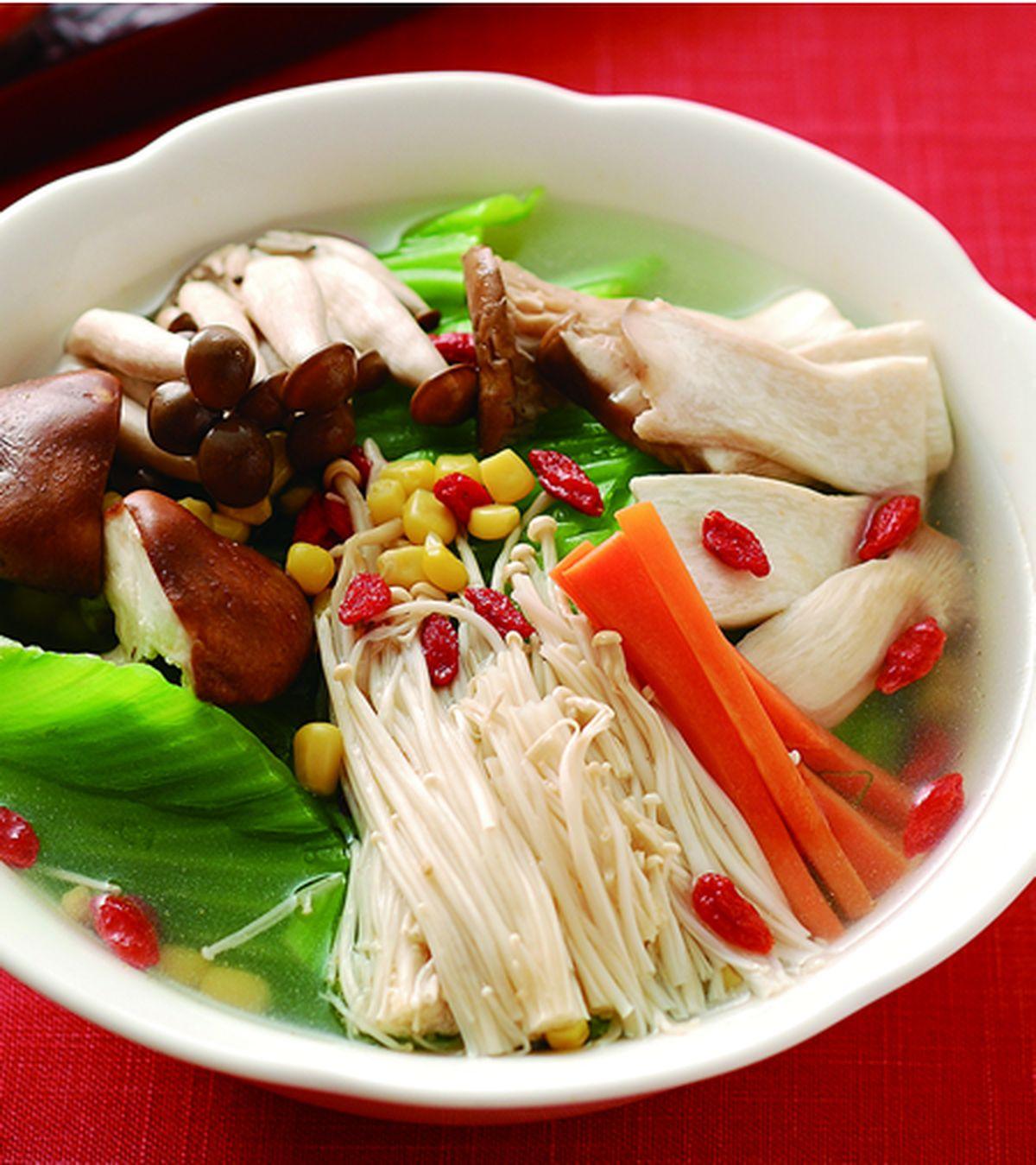 食譜:五色蔬菜鍋