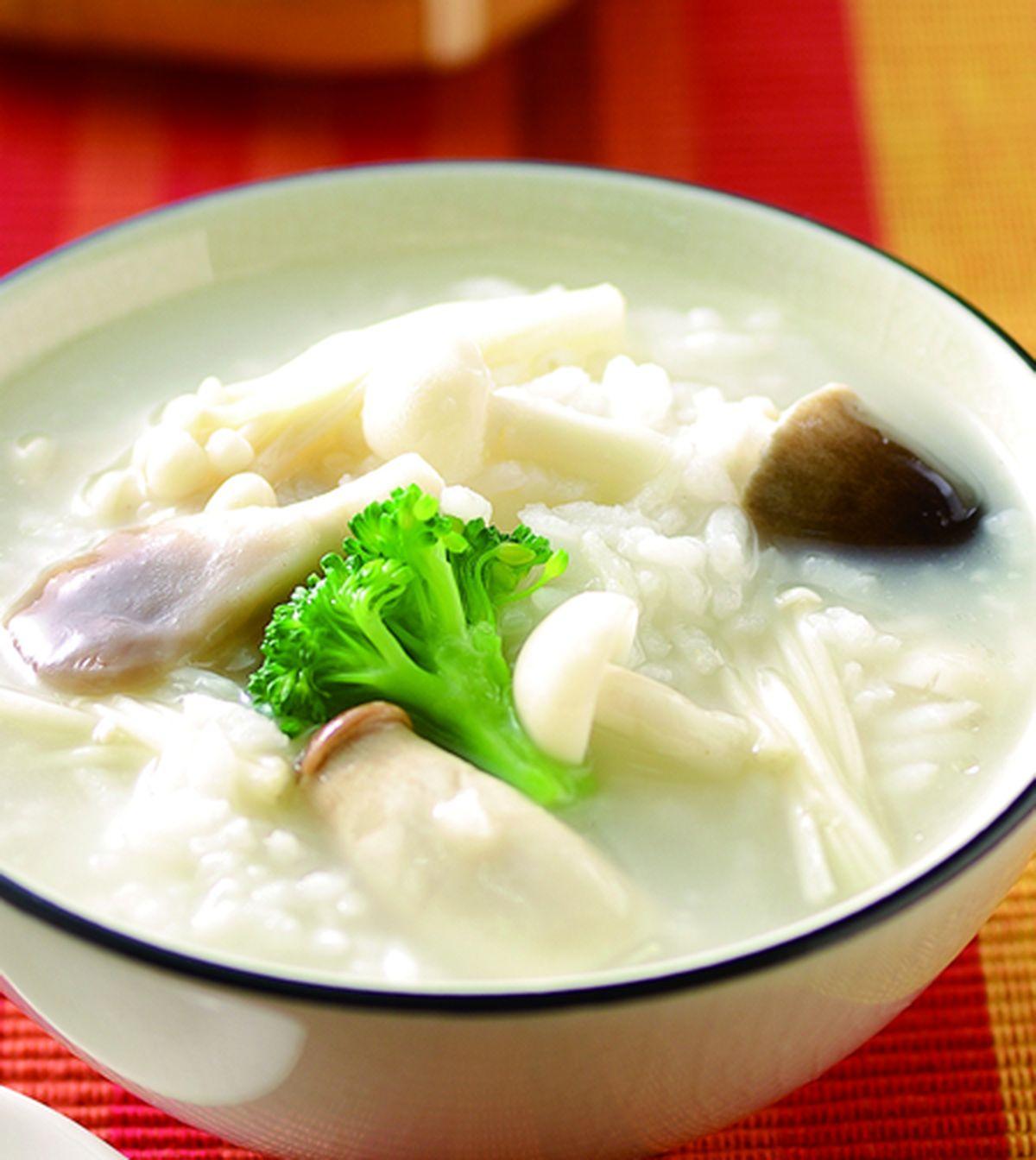 食譜:養生綜合鮮菇粥(1)
