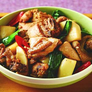綠竹筍滷肉