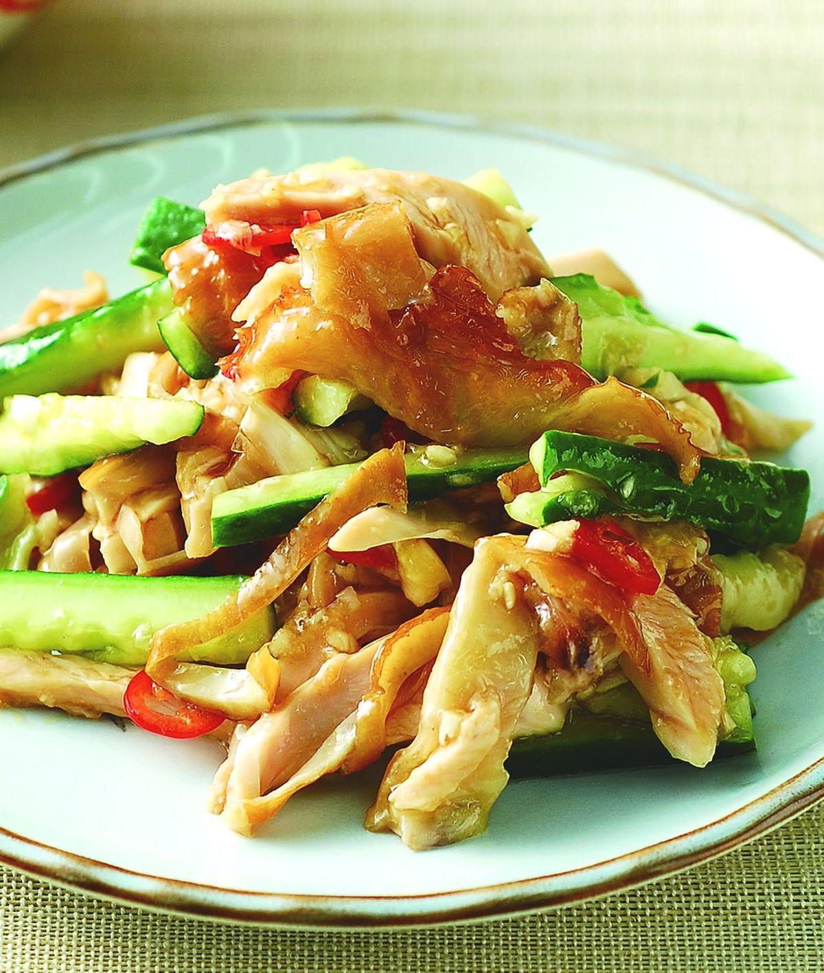 食譜:黃瓜拌燻雞