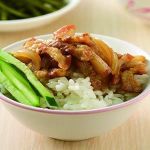 洋蔥滷肉飯