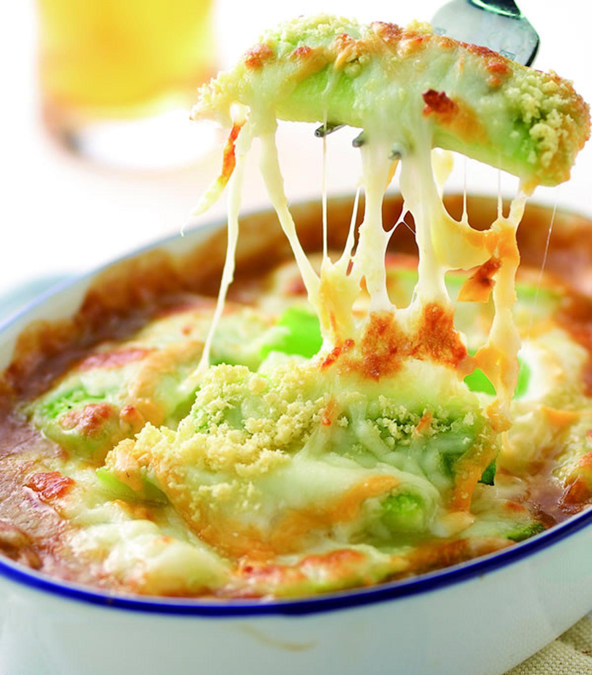 食譜:洋蔥蘑菇焗烤絲瓜