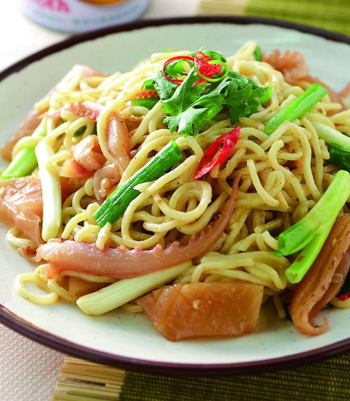 食譜:沙茶魷魚炒麵
