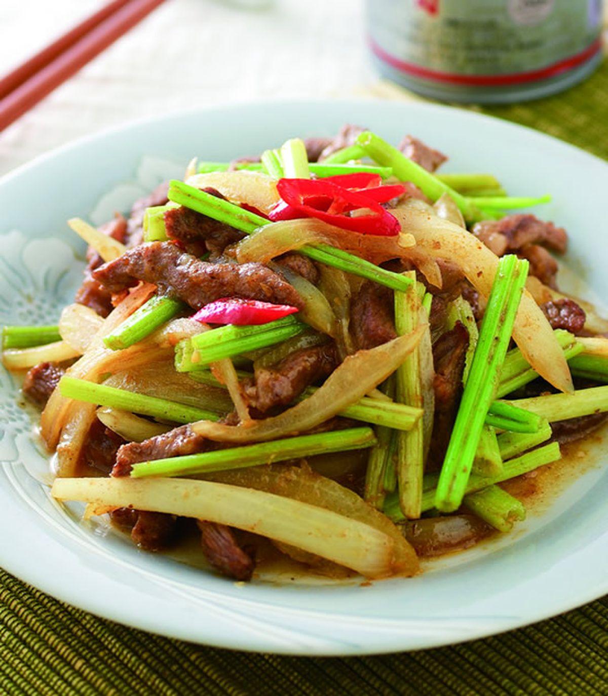 食譜:沙茶洋蔥炒牛柳