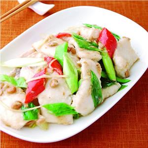 蒜苗豆醬炒鯊魚