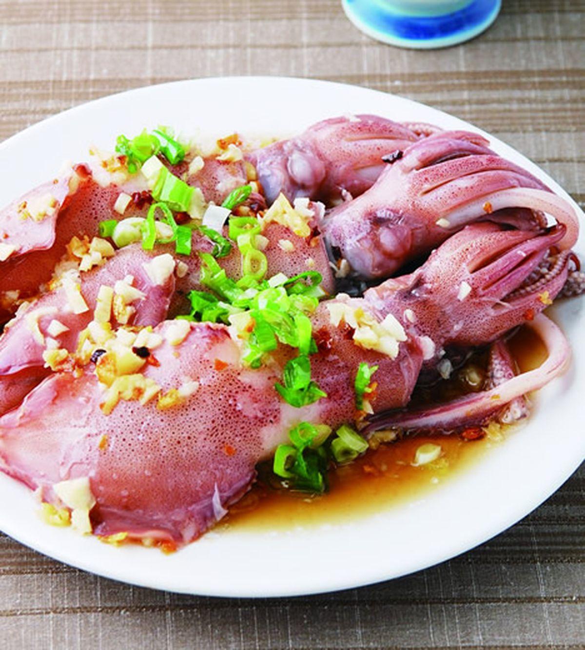食譜:蒜茸蒸中捲