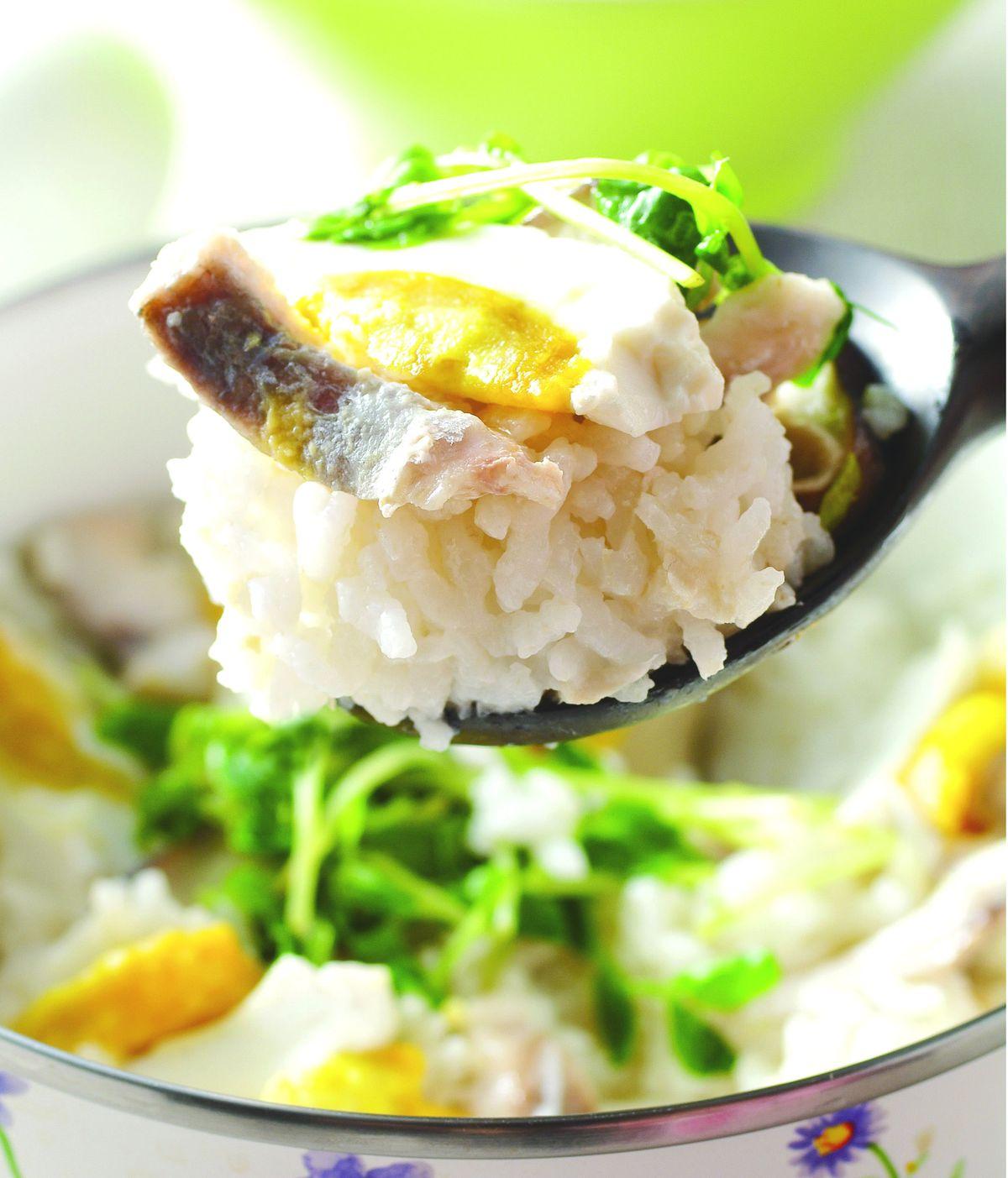 食譜:鯛魚鹹蛋菜飯