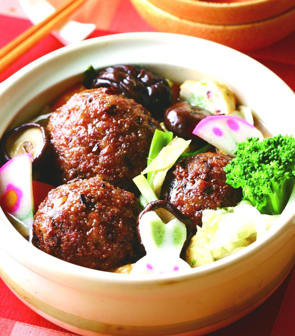 食譜:紅燒獅子頭煲(1)