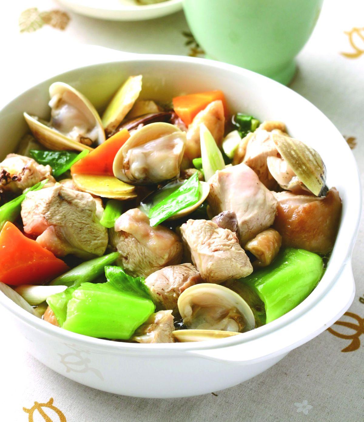 食譜:蛤蜊煲嫩雞
